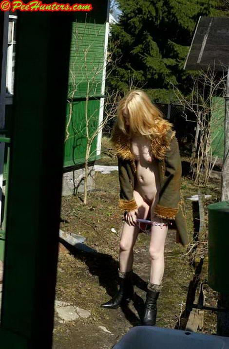 Pissing japanese schoolgirls on video, free lesbian pissing pics, porn